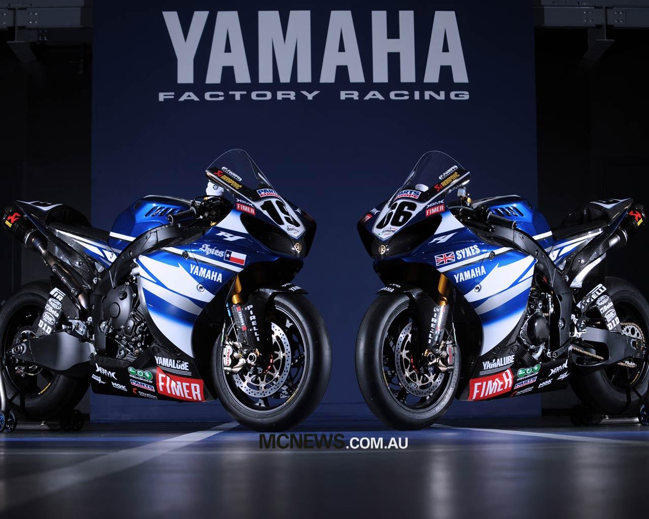 Yamaha R1 Superbike Wallpapers