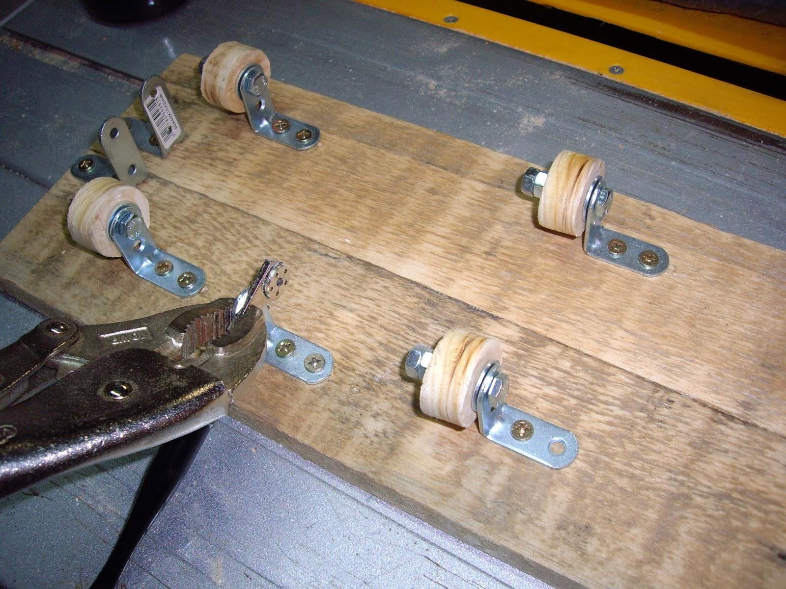 Comment recycler des palettes trucs et astuces pour bois - Comment couper des parties d une video ...