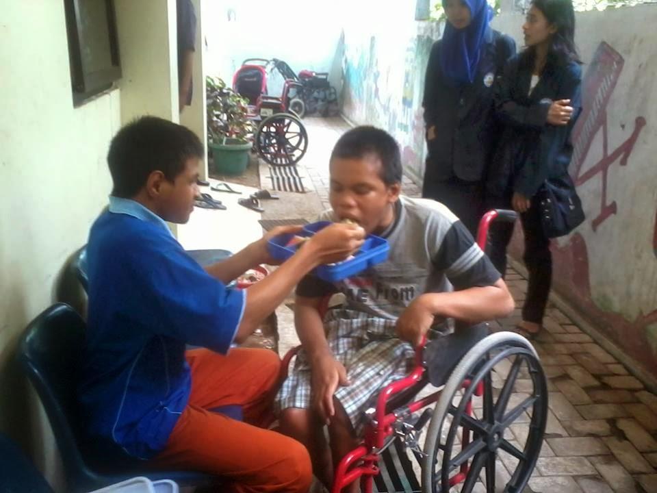 Sayap Ibu Yogyakarta ke Panti Asuhan Sayap Ibu