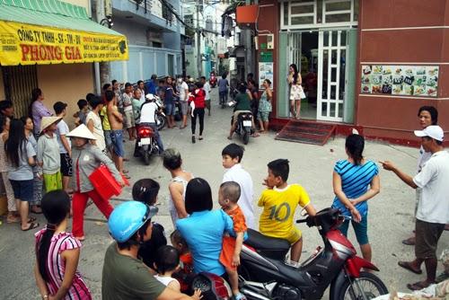 Giang hồ ập vào nhà dân, đâm chết người giữa Sài Gòn