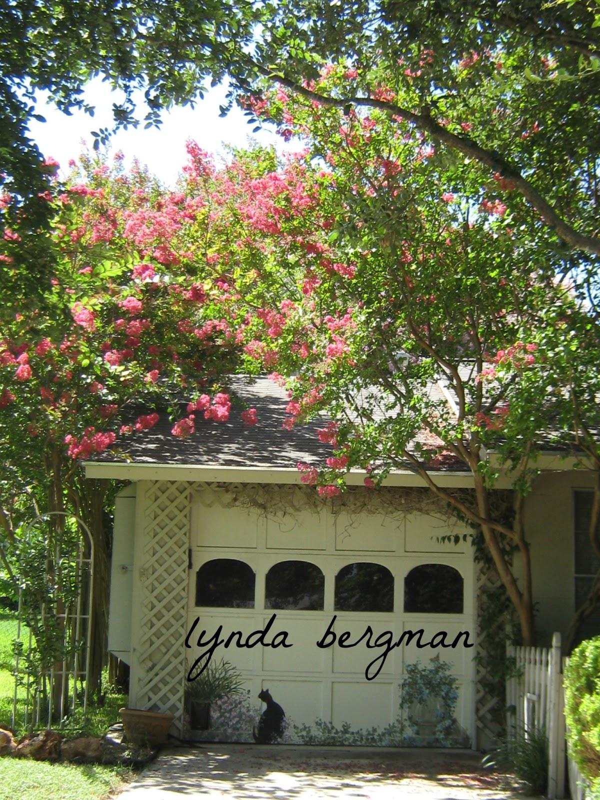 LYNDA BERGMAN DECORATIVE ARTISAN: LUCKY ME!! BEAUTIFUL CREPE MYRTLE ...