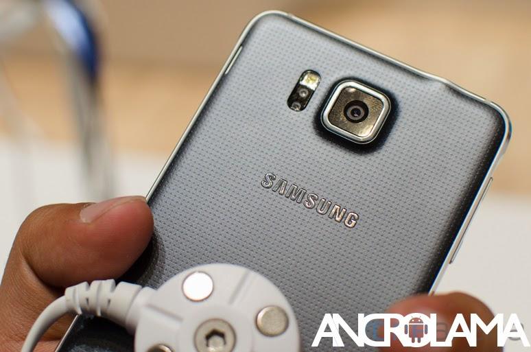 Samsung Metal Kasaya Geçiş Yapıyor