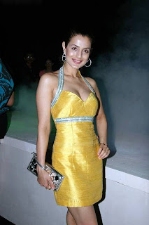 AmIsha Patel Sizzles at Vero Moda Fashion Show