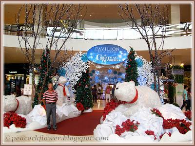 2013 Christmas decor, seen immediately inside the entrance of Pavilion KL Shopping Mall