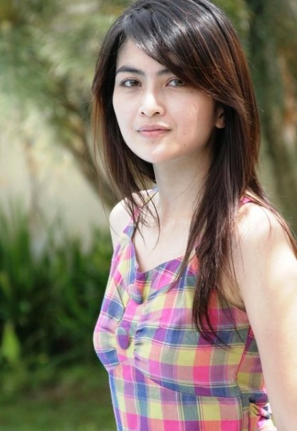 Sharing Foto Artis Indonesia: Ida Ayu Kadek Devi