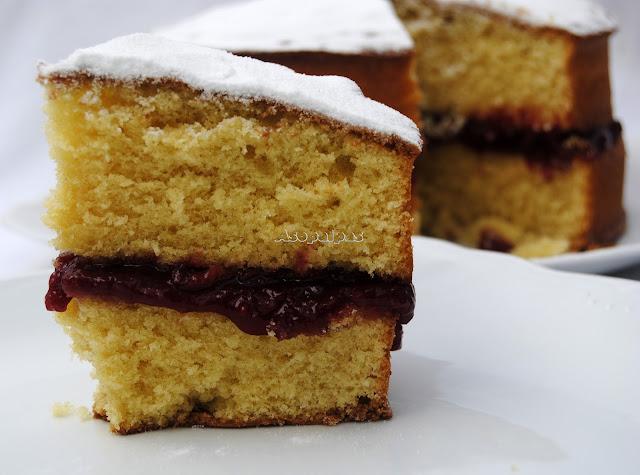 http://www.asopaipas.com/2014/08/victoria-sponge-cake.html