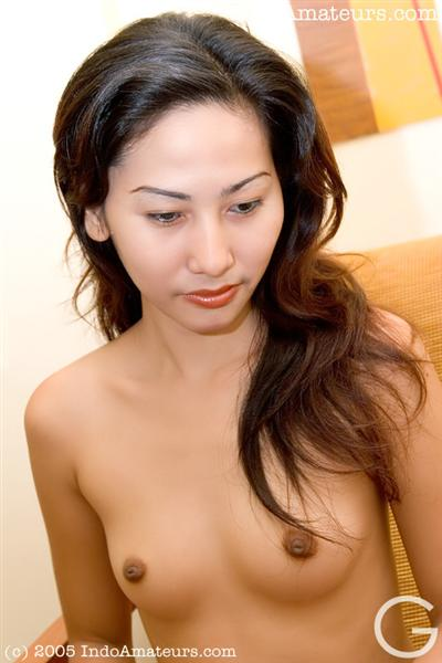 naked indonesian models selvy download video bokep 3gp
