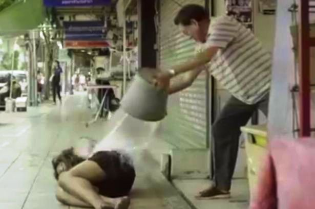 Heart-Touching-video-about-homelessness-in-Thailand