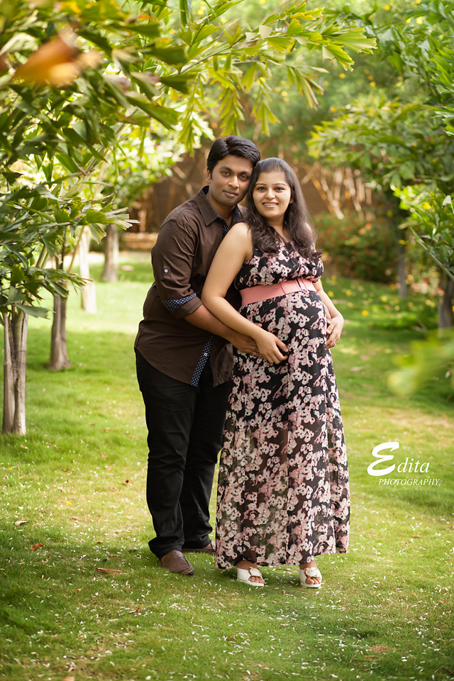 Maternity photo shoot maternity and baby photographer in pune