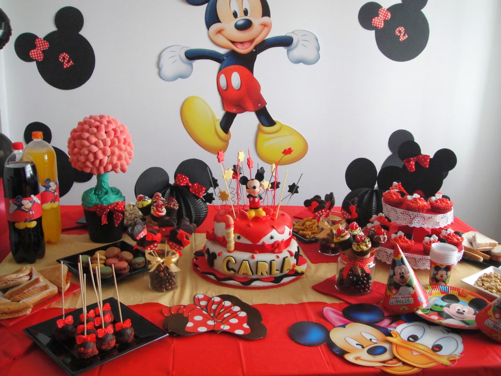Sue os de az car mesa dulce mickey for Mesa de cumpleanos de mickey