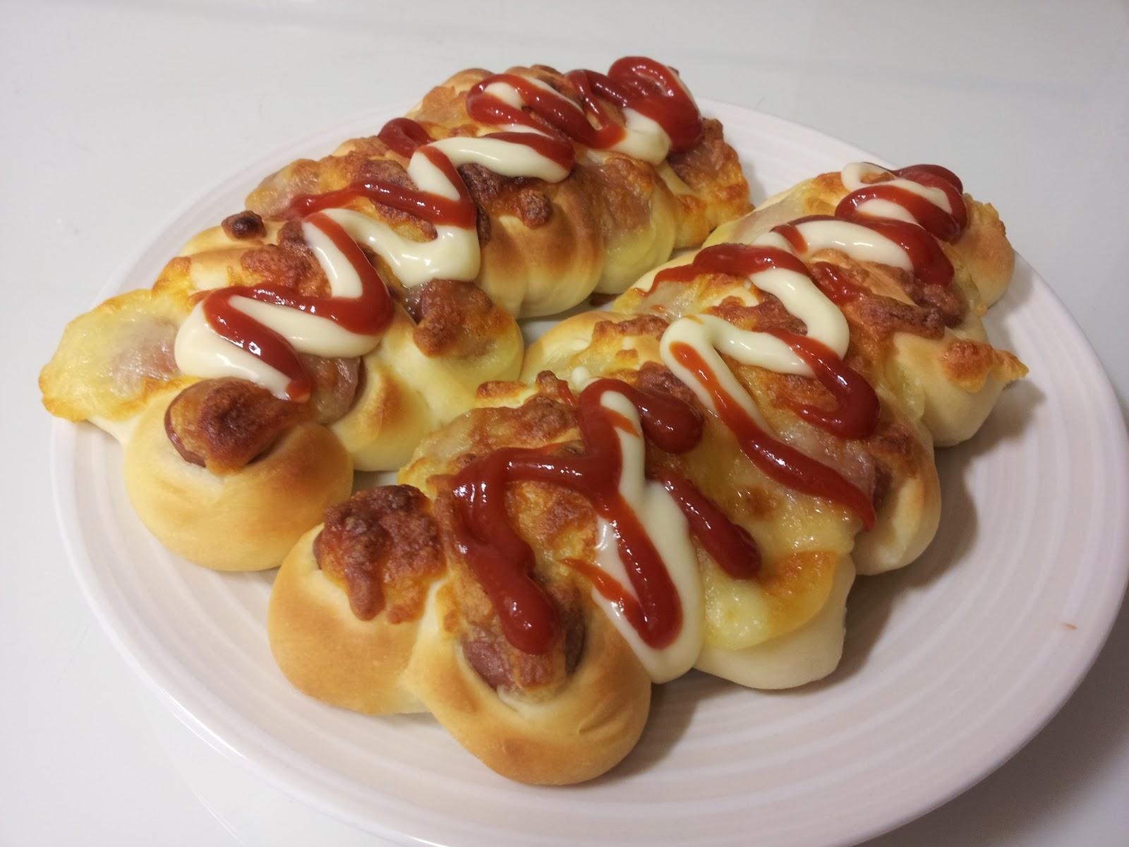 Kimchi House: Sausage Bread/소시지빵/香肠面包