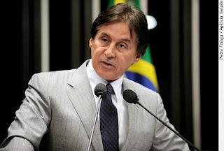 """Eunicio Oliveira manda recado para Cid Gomes: """"Agora é a vez dele votar em mim"""""""