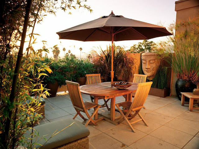 Outdoor terrazza Spaces idee : ... some great looking plastic outdoor furniture. Have a great week-end