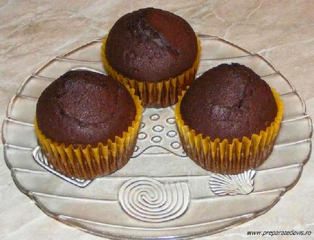 madlene de casa cu cacao, briose, briose cu cacao, madlene, dulciuri, prajituri, deserturi, retete culinare, reteta de madlene, retete madlene, madlene cu ciocolata, briose cu ciocolata,