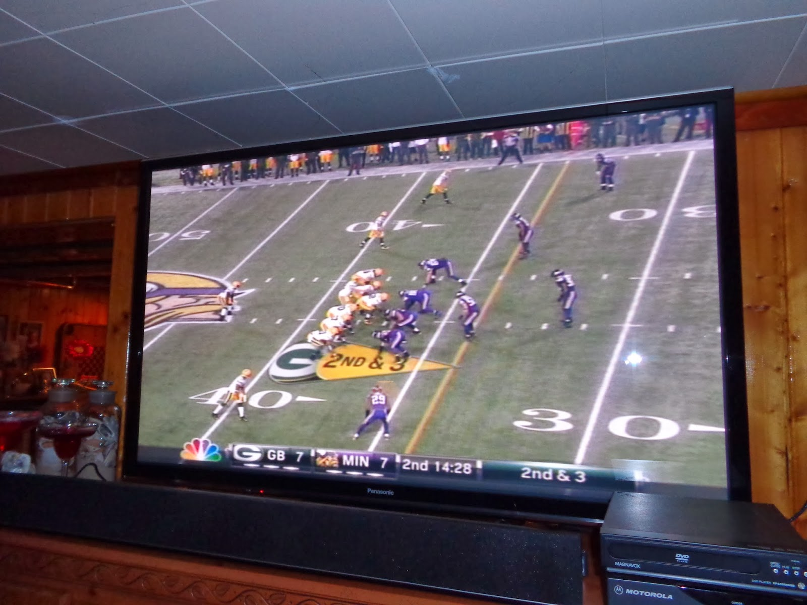 Man Cave With Multiple Tvs : Living the good life in grandmaville can a smart tv