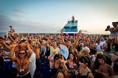 Festival de música indie a bordo el Cultura Club on board