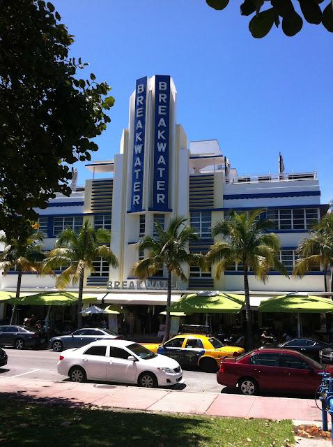 Vista do Hotel Breakwater Miami Beach