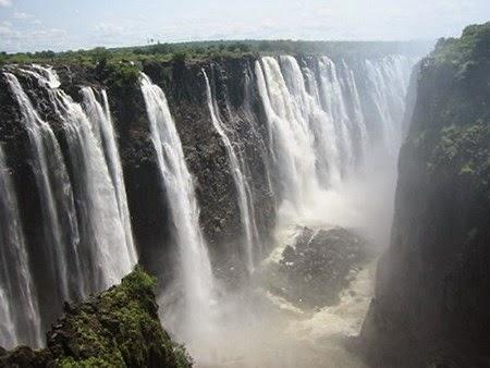 Thác Victoria Falls ở đâu?