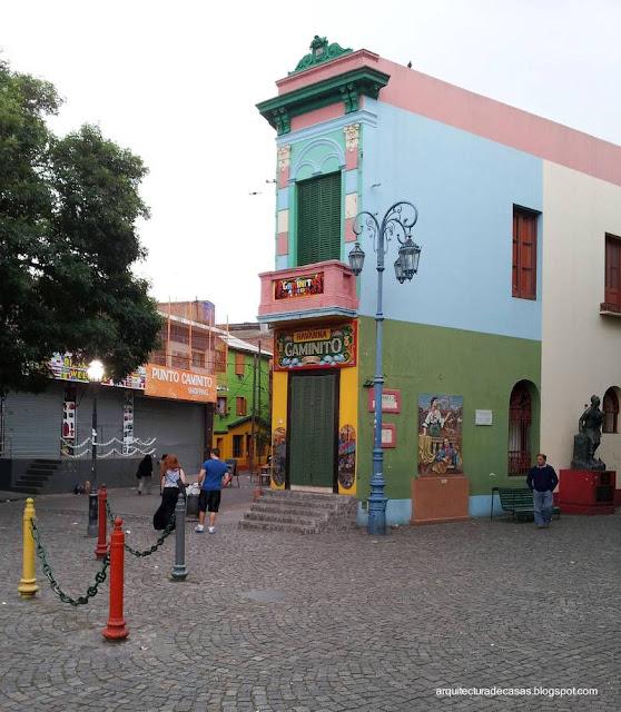 Arquitectura restaurada y reciclada en Caminito