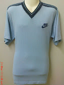 vtg nike blue tag v neck  50/50