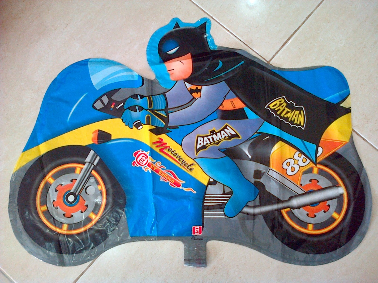 Balon Character Motor Batman Biru Anugerah Utama Toys Motif Ultraman