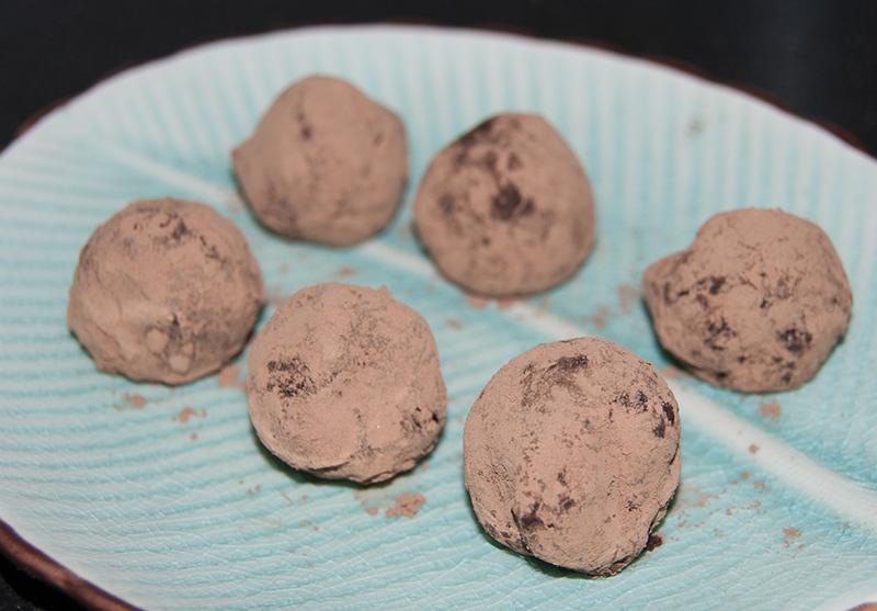 veggie num nums: Butterfinger Truffles