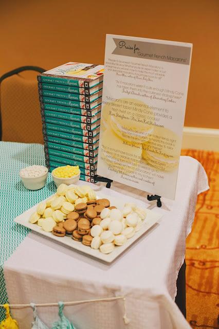 Blog Fete Macaron Book Signing