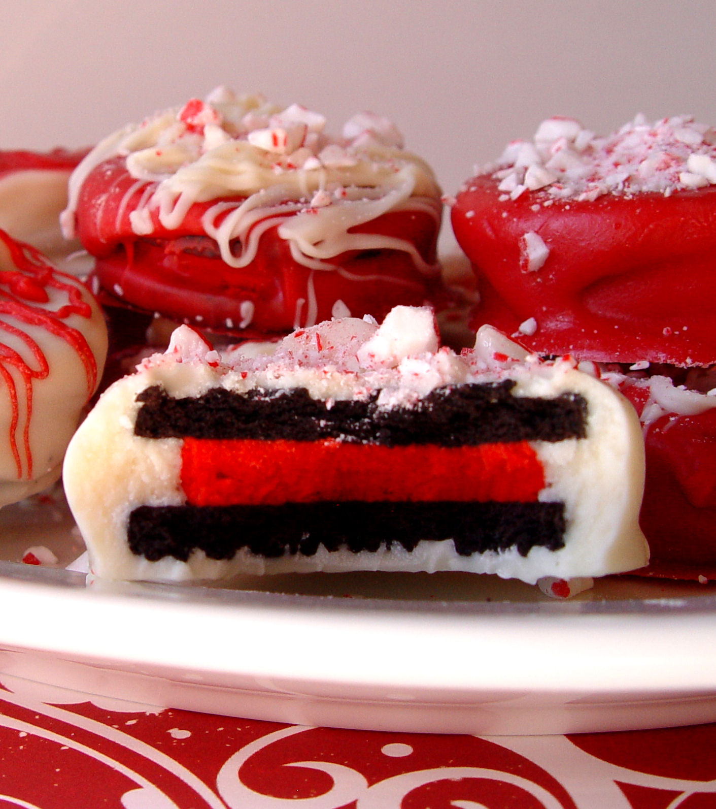 Peppermint Dipped Oreos Jamie Cooks It Up Family Favorite Food