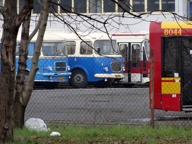 Zajezdnia autobusowa Miejskich Zakładów Autobusowych R-3 OSTROBRAMSKA