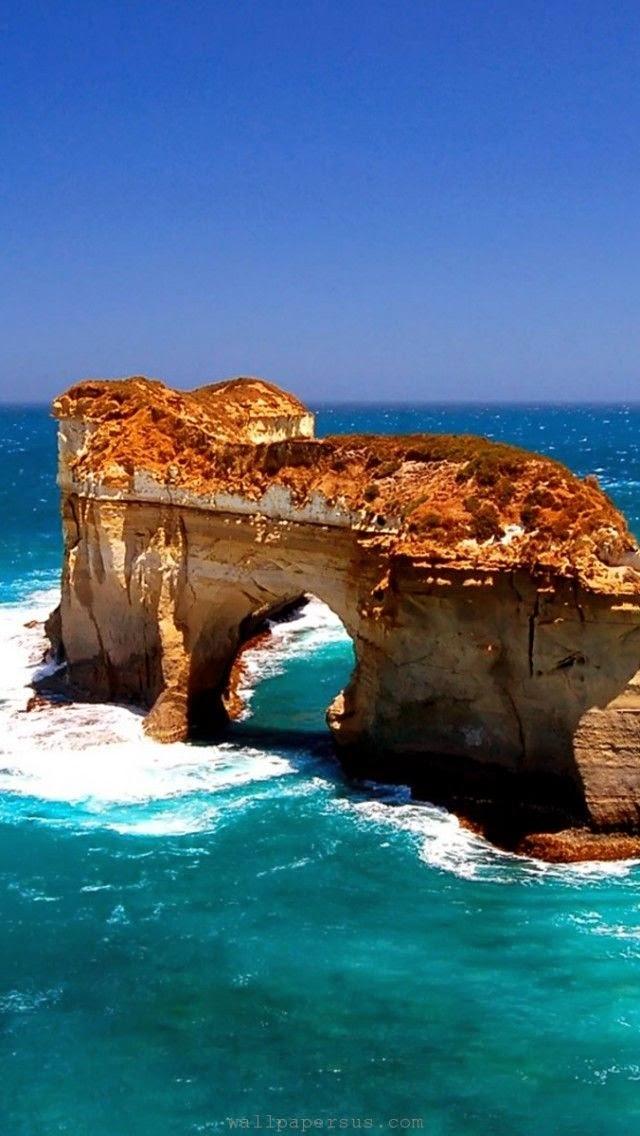 The Great ocean road in Victoria, Australia.