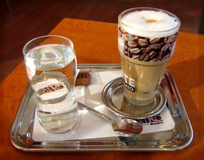 1_Kawa_latte_w_Abtenau.jpg