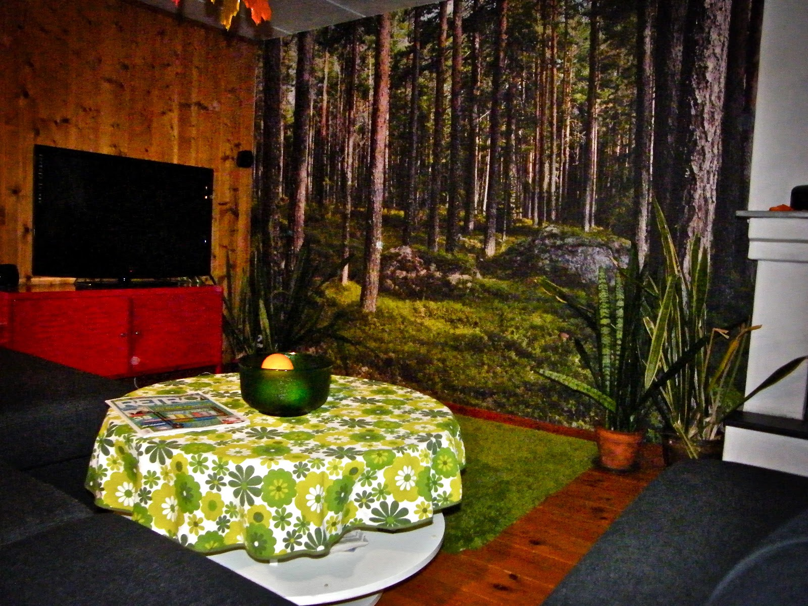 Gillestuga   ett vardagsrum i källaren   ungdomar.se forum
