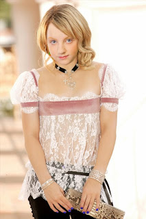 Innocent Hollywood Actress - Evanna Lynch Wallpapers
