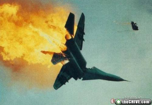 [Image: ejection-seat-31.jpg]