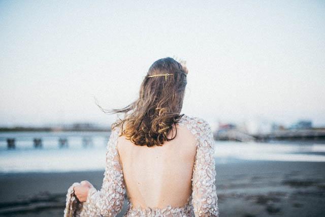 boda novia vestido dorado glitter bride wedding sparkling paillettes