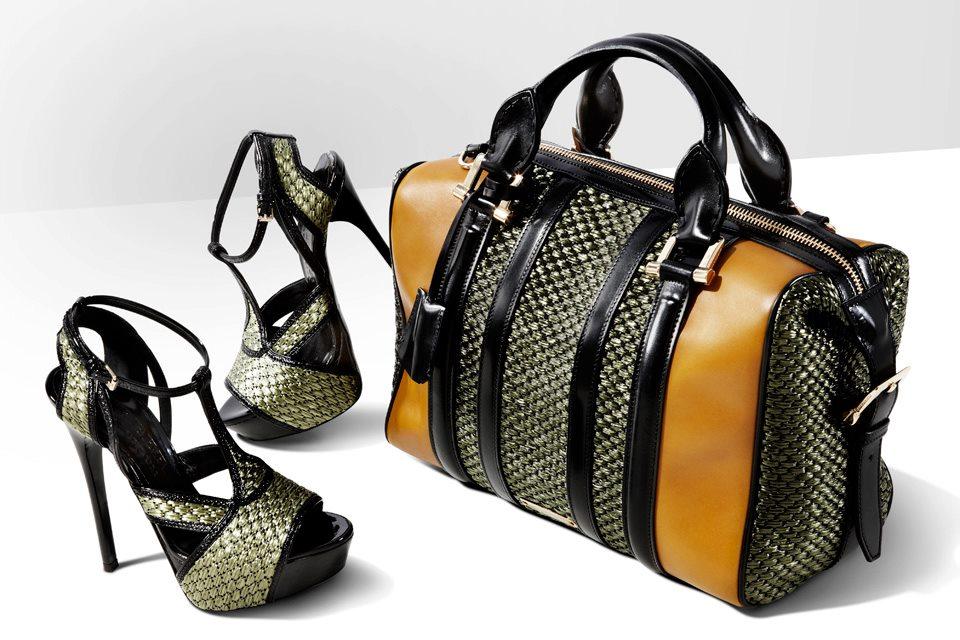 Deben combinar los zapatos con el bolso? | Just like me