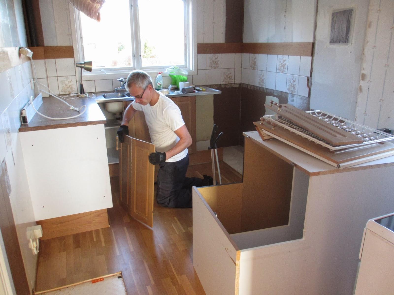 Pias Planer: Nu börjar vi riva kök