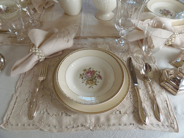 "alt=""Downtown Abbey Tablescape"""