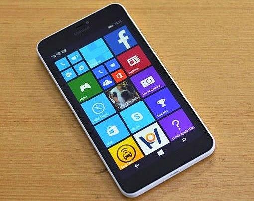 O  Lumia 640 XL tem tela de 5,7 polegadas e é muito barato