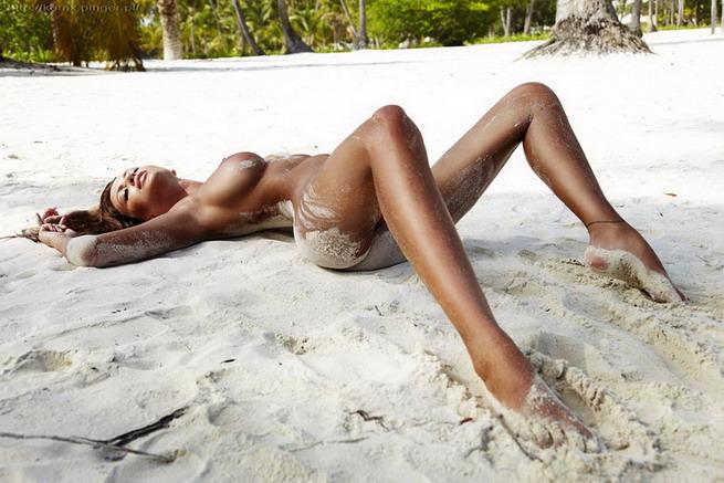 Фото девушки пляж ню 47841 фотография