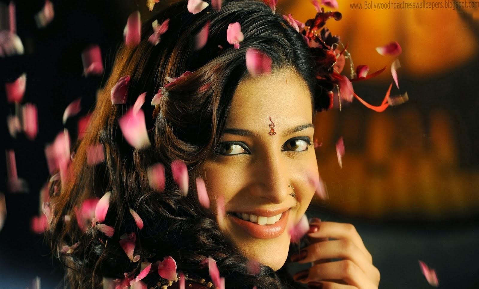 Shruti Haasan HD wallpaper for download