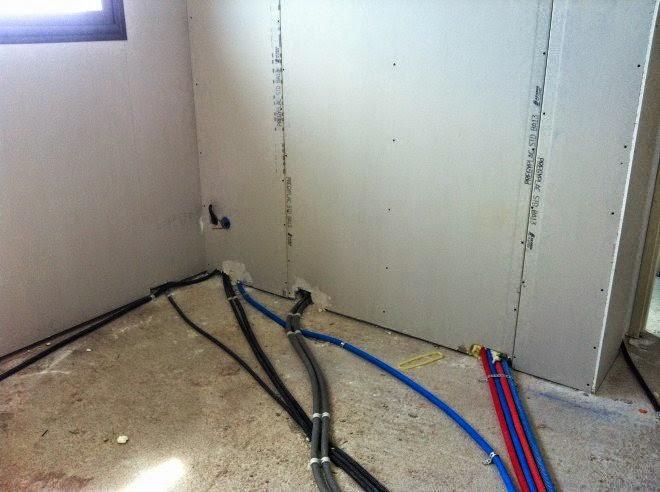 Sch mas lectriques passage des conduits gaines - Ou faire passer les gaines electriques ...