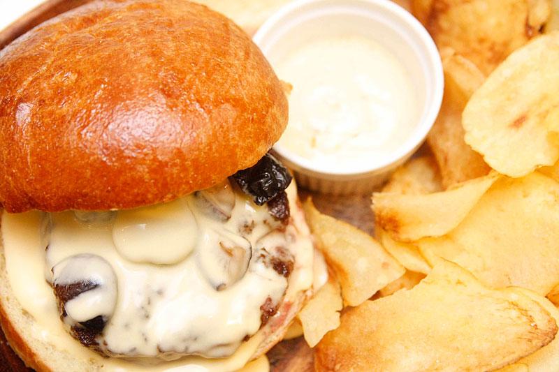 mushroom fondue burger