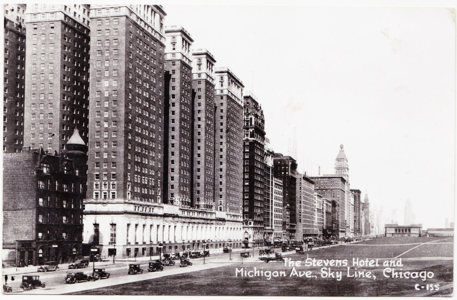 Papergreat 5 vintage postcards from the central united states for Avenue hotel chicago