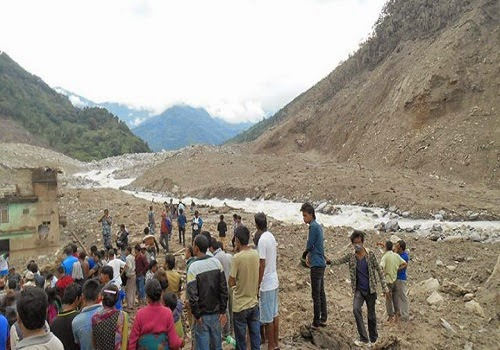 Jure_landslides_nepal_photo
