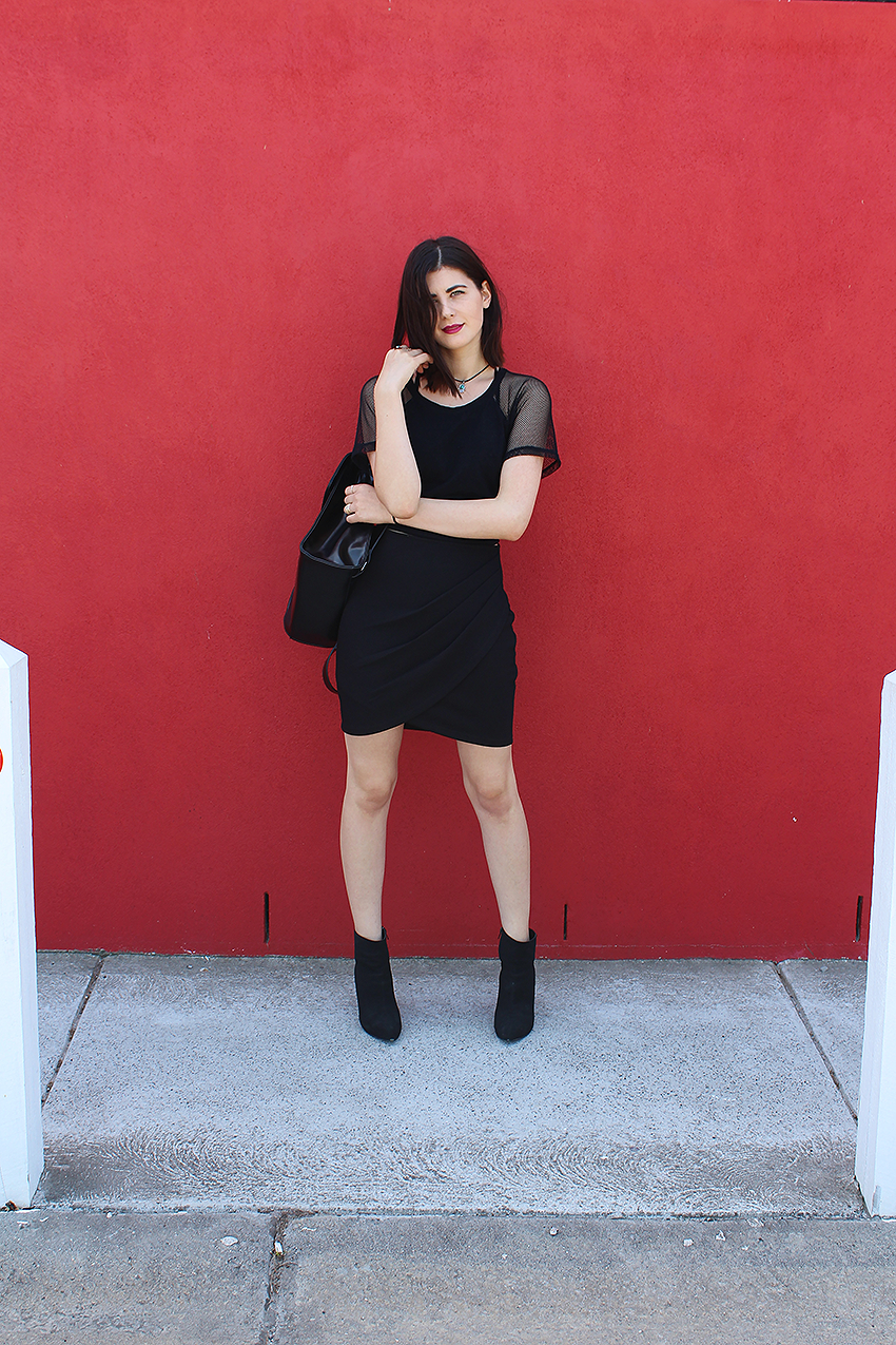 the veronicas, sanctified, ivana, ivana petrovic, likeaharte, like a harte, fashion bloggers, australian fashion bloggers, style bloggers, the fifth label, all to myself skirt, mesh top, how to wear black on black, all black outfits, grunge outfits 2015,