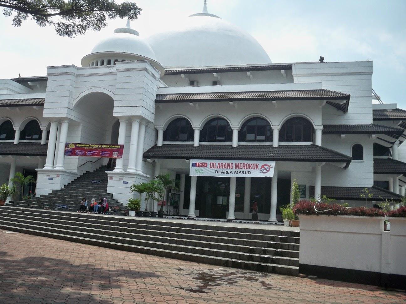 Image result for masjid a r fachruddin umm