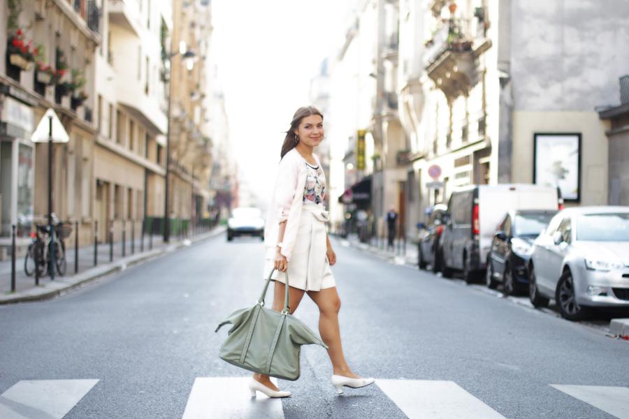 paris street style chanel