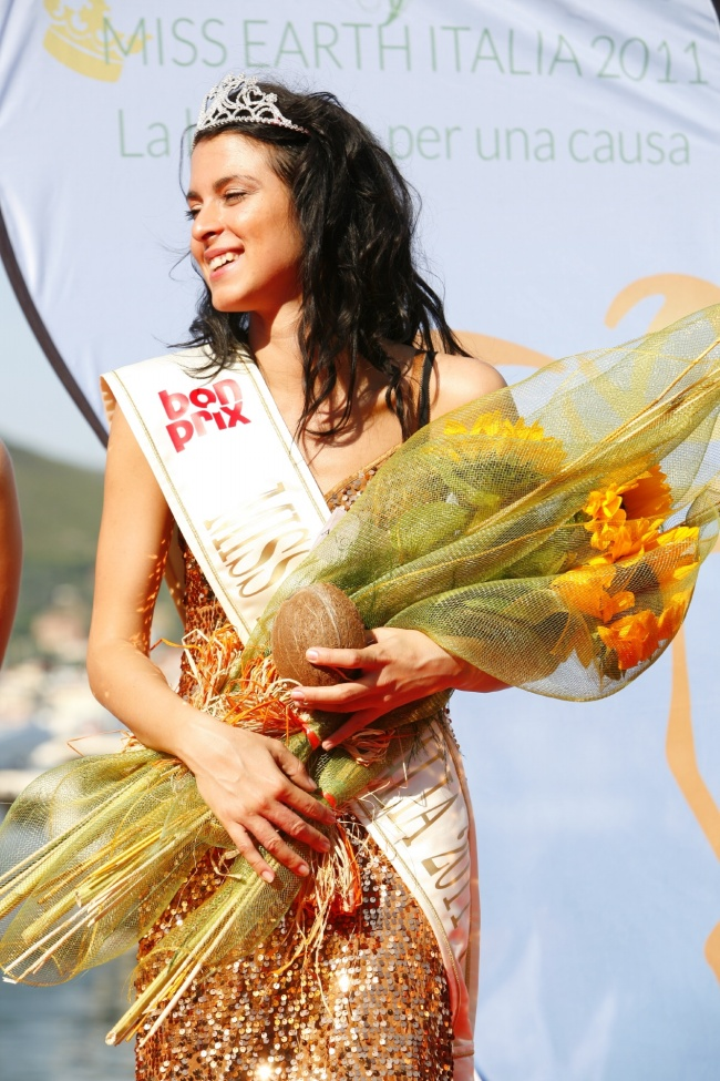 miss earth italy italia 2011 winner angelica parisi