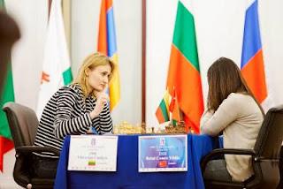 Échecs à Kazan: Viktorija Cmilyte (2508) a battu la joueuse turque Betul Cemre Yildiz (2333) lors de la ronde 7 - Photo © Fide